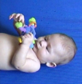 W 18w toy hold and finger.jpg